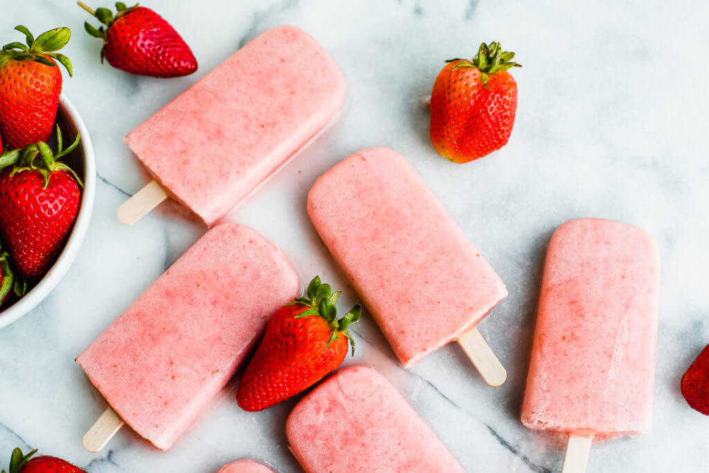 strawberry and cream popsicles
