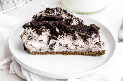 Cookies and Cream Fluff Pie
