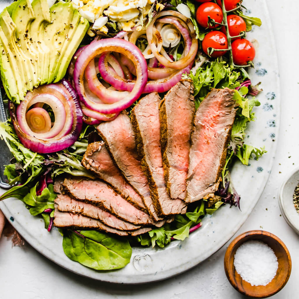 Keto Steak Salad with Red Wine Vinaigrette